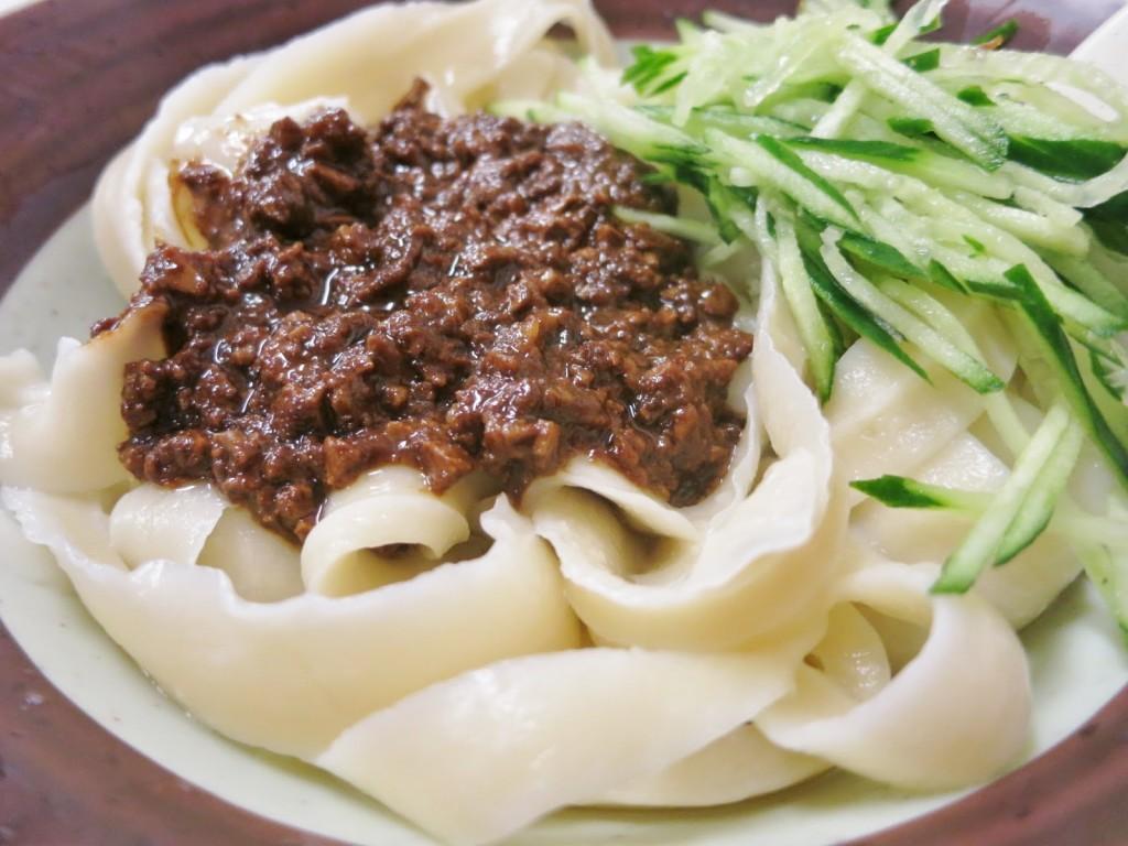 刀削麺(とうしょうめん)
